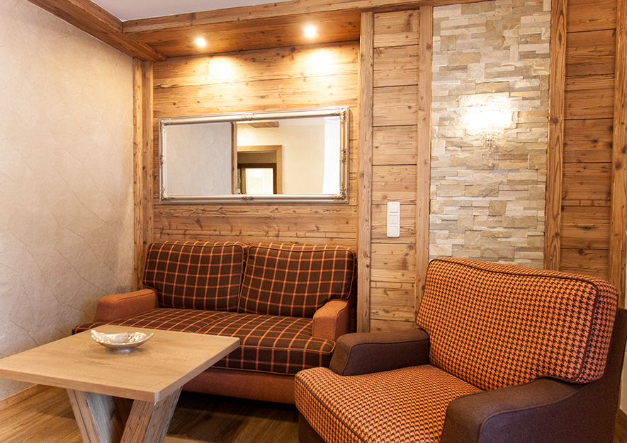 Hotelzimmer Kategorie 3 Sitzecke
